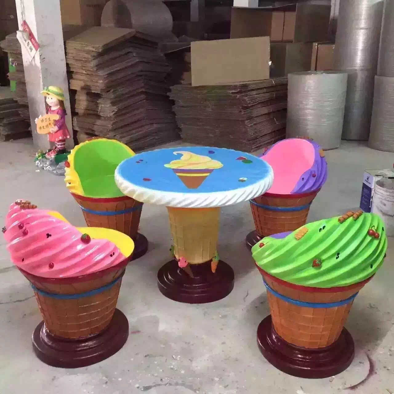 冰淇淋主题桌椅亚博体育网页登录